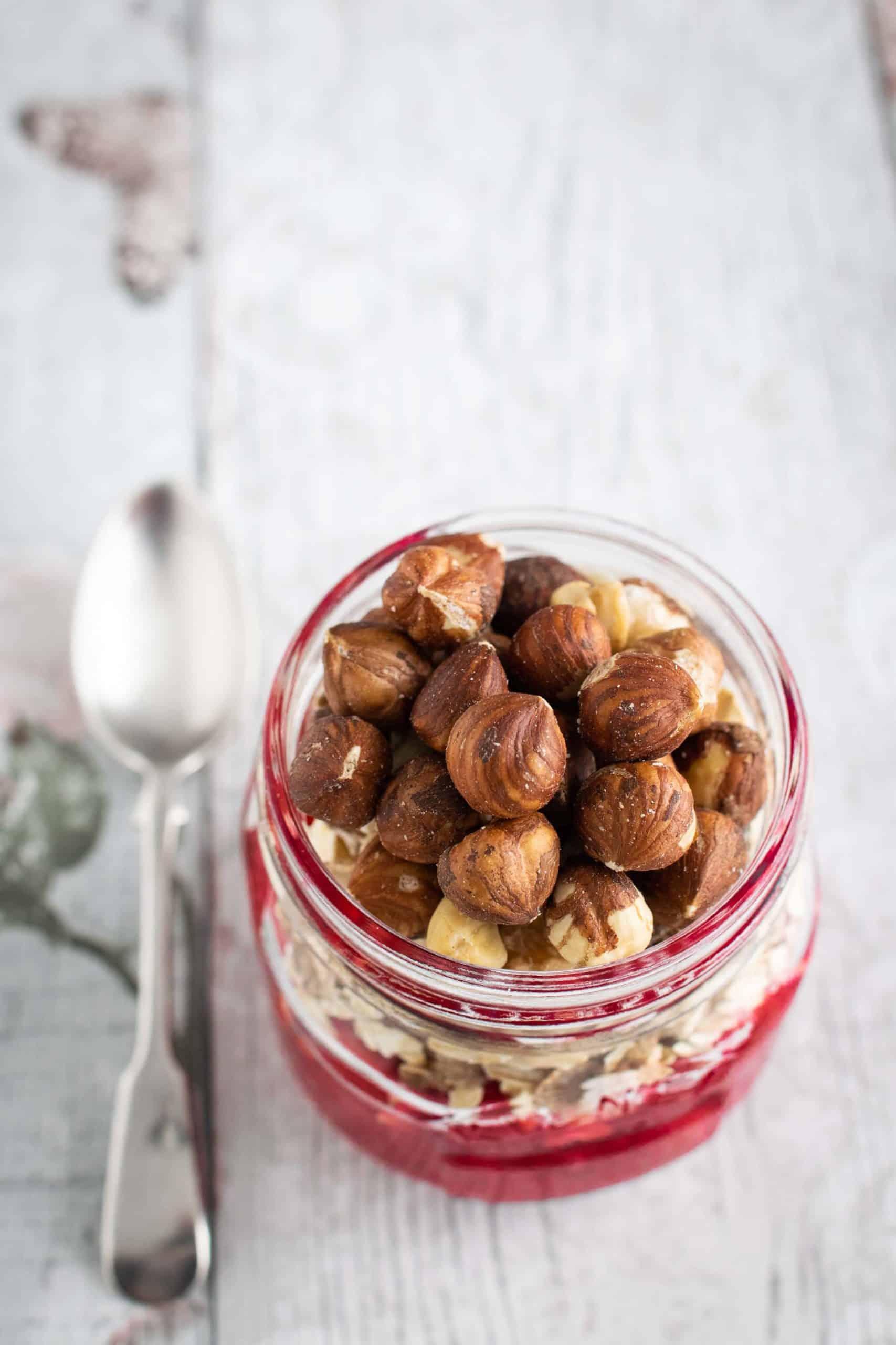 Make your own hazelnut chocolate spread